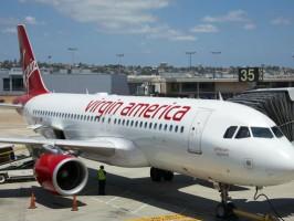 Миллиардер Ричард Брэнсон продаст свою авиакомпанию Virgin America