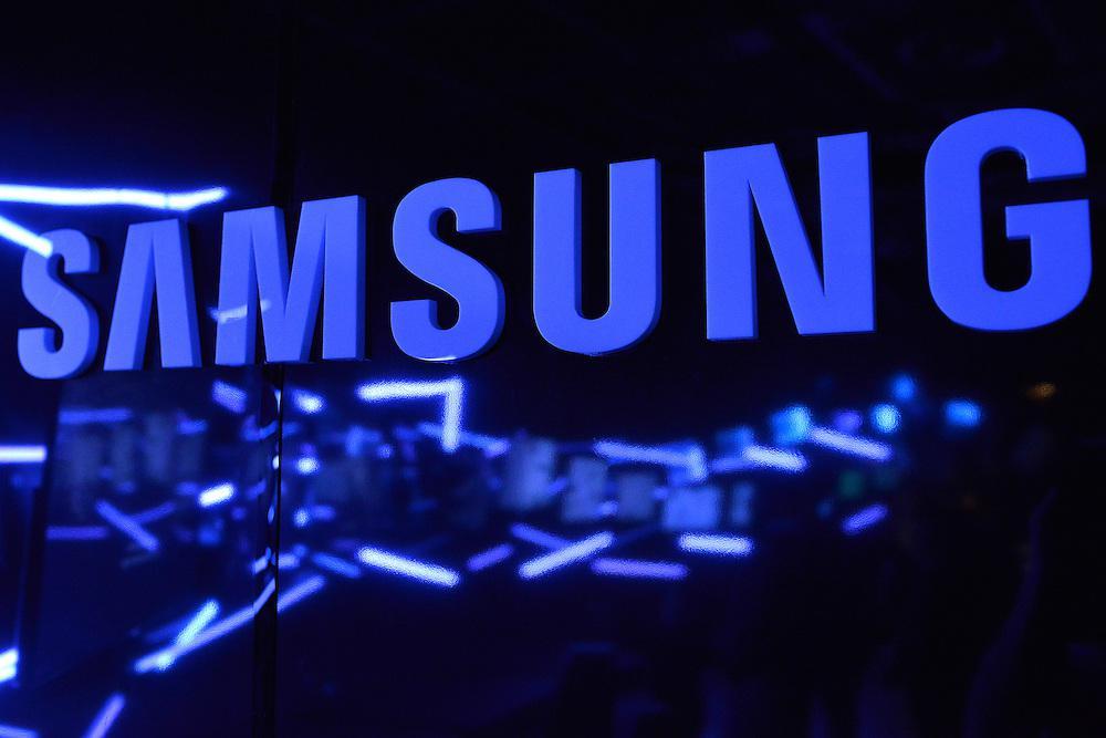 Samsung купила голосовой помощник Viv