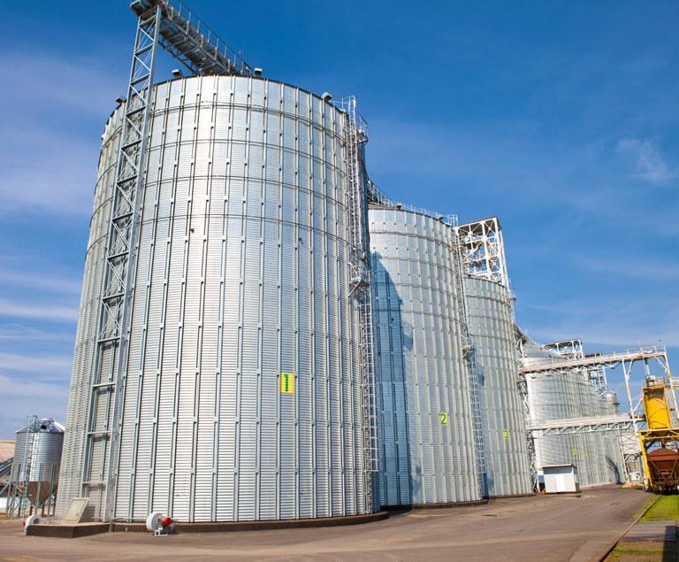 Агрохолдинг Косюка может выпустить 10-летние евробонды