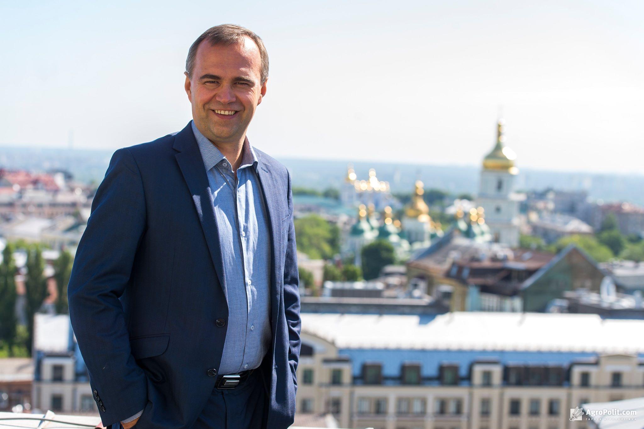 Денис Красніков