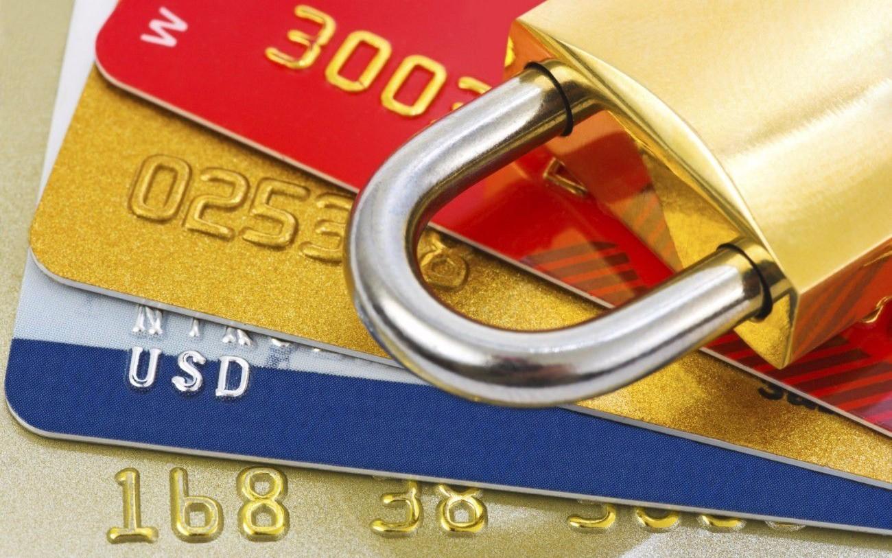 Арест банковских счетов, или Кто на иждивении