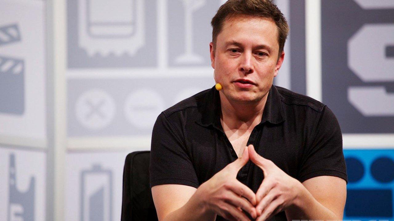 Як рада директорів компанії Tesla мотивує Ілона Маска