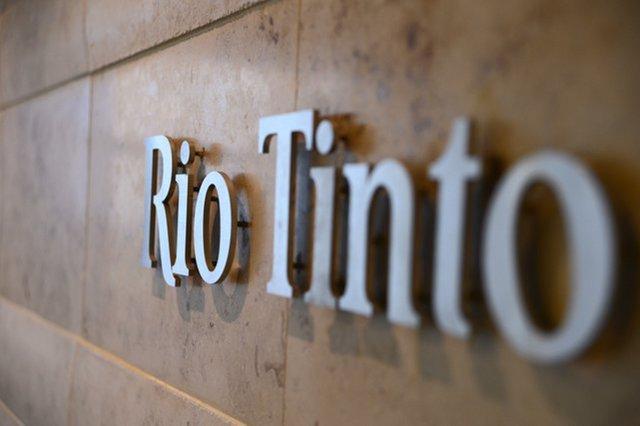 Выпуск iPhone 12 планируется перенести, — Bloomberg