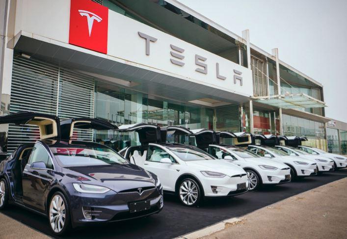 Tesla планує побудувати новий завод в Китаї