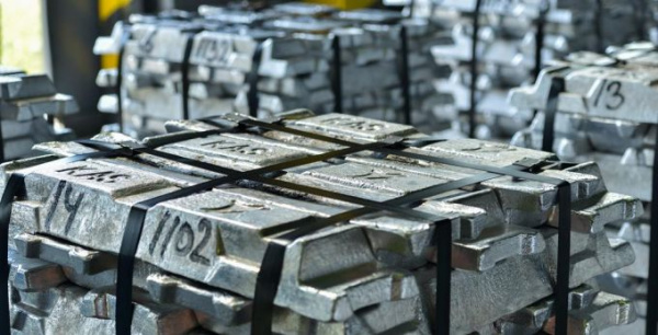Банк Ріната Ахметова став уповноваженим на зберігання запасів готівки НБУ