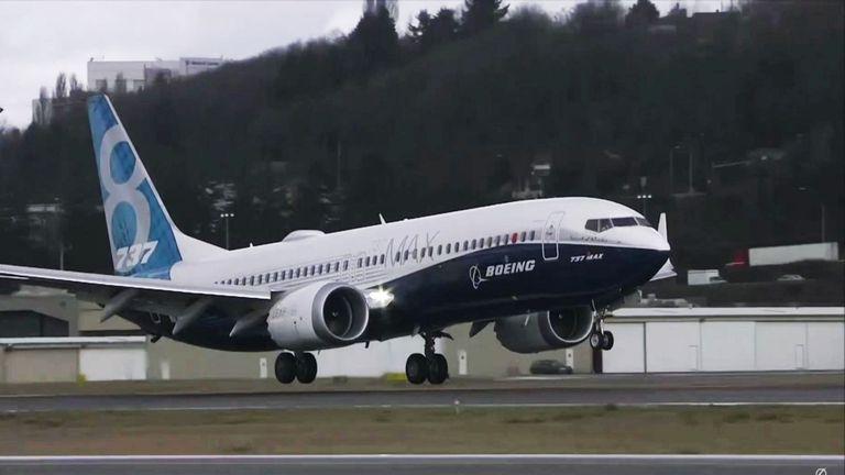 МАУ не имеет планов прекращать полеты на самолетах компании Boeing