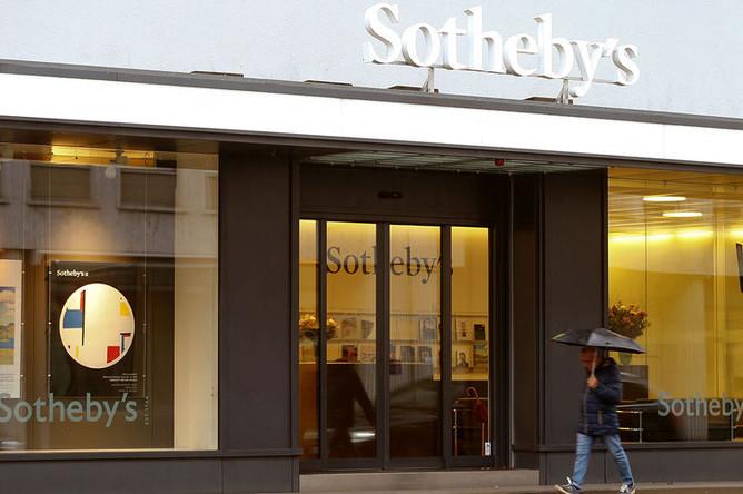 Goldman Sachs планирует купить подразделение General Motors