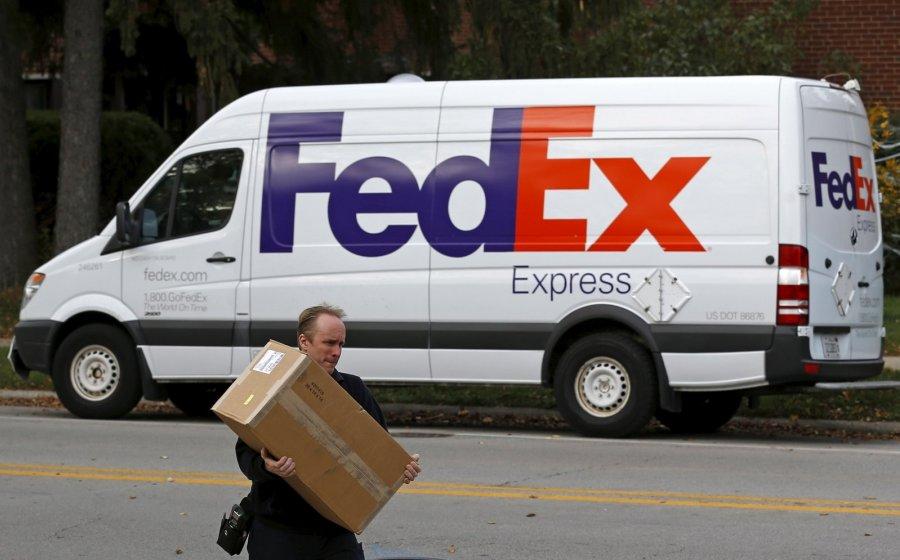 Большинство вещей с AliExpress, eBay или Amazon потенциально опасные