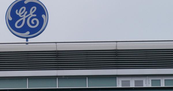 General Electric частично отклонила иск акционеров