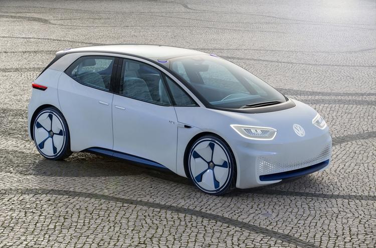 Volkswagen інвестує €60 млрд в електромобілі