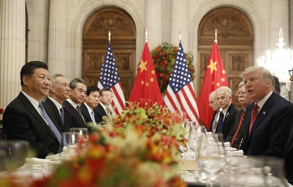 США и Китай подпишут предварительную торговую сделку 15 января