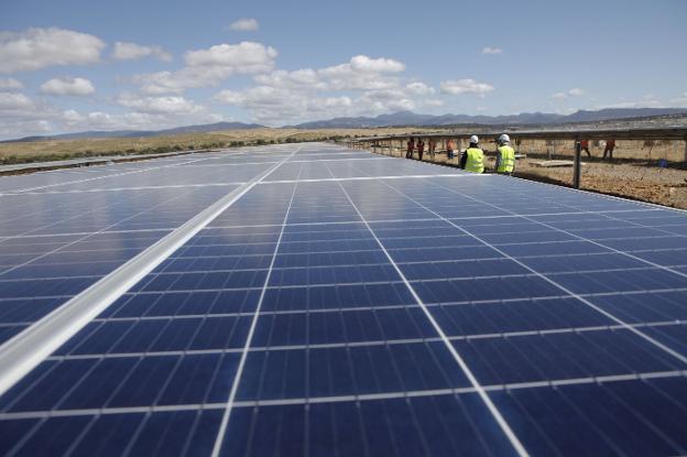 В Іспанії побудували СЕС потужністю 500 МВт