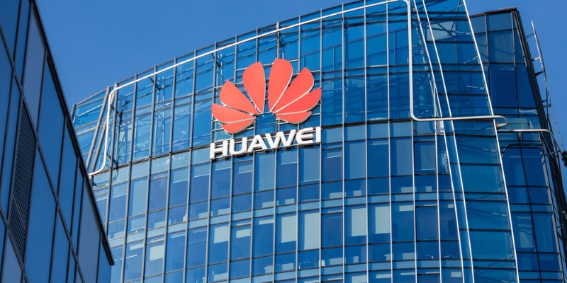 Huawei создала конкурента для Windows и Android