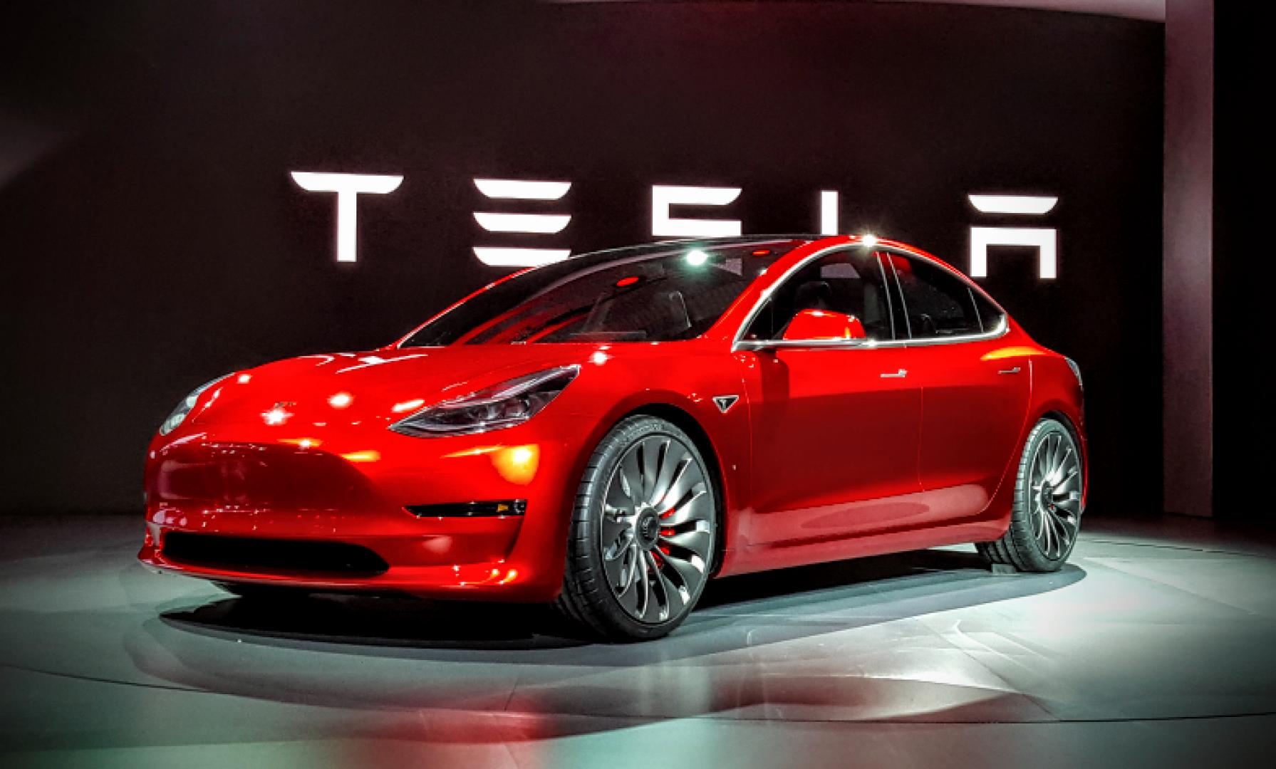Tesla розмістить акції на $2 млрд