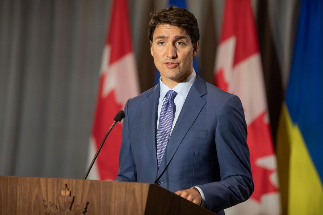 Трюдо почекає з відкриттям кордонів у Канаді