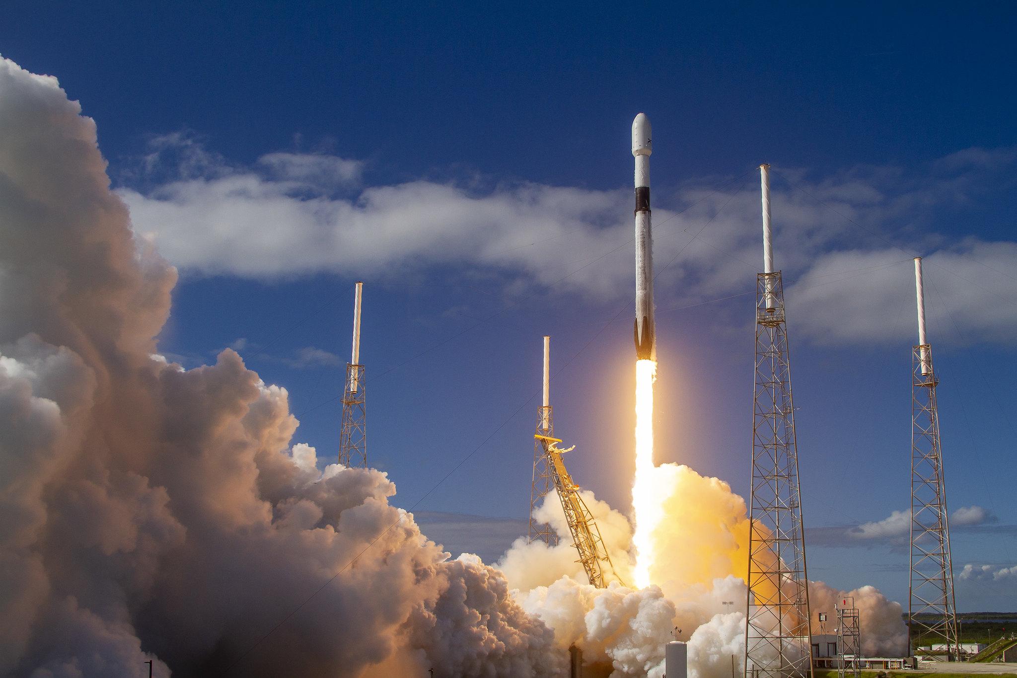 Пентагон «прервал» запуск спутников SpaceX
