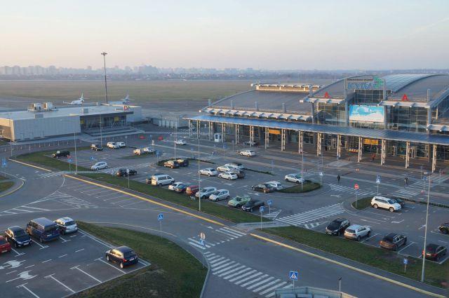 Аэропорты Украины сократили пассажиропоток на 35%