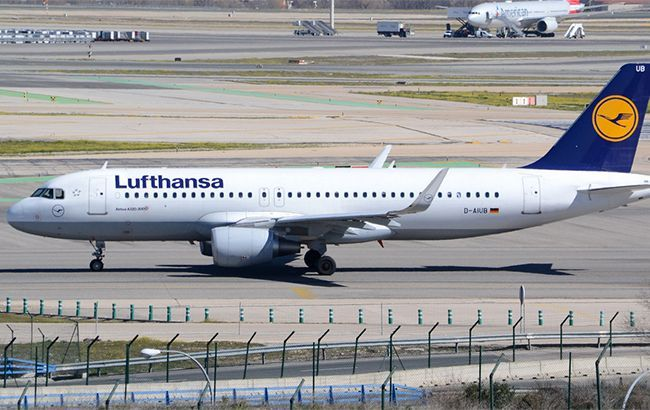 Германия решила выкупить 20% акций авиакомпании Lufthansa
