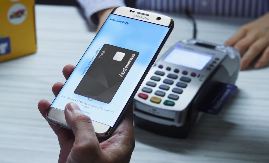 Samsung запустить дебетову карту Samsung Pay цього літа