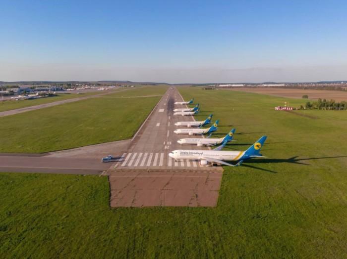 «Бориспіль» відновлює внутрішні авіарейси