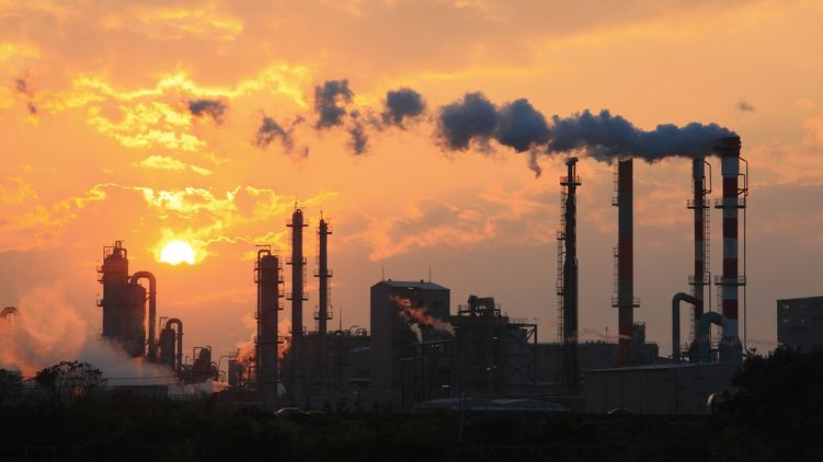 Падение промышленности Украины начало замедляться