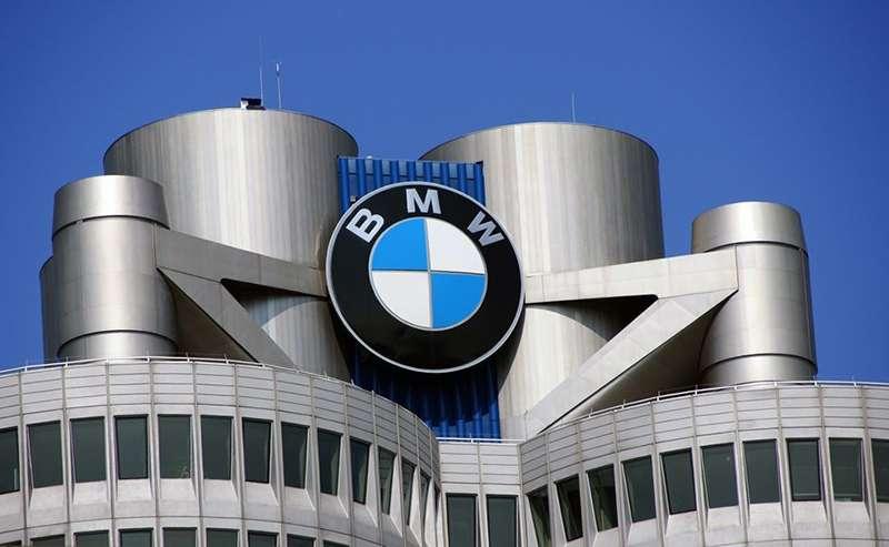 BMW уволит в Германии шесть тысяч сотрудников