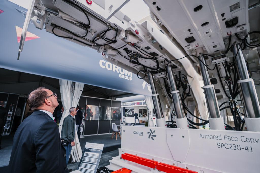 Corum Group Ріната Ахметова і чеська інвесткомпанія підписали меморандум про співпрацю