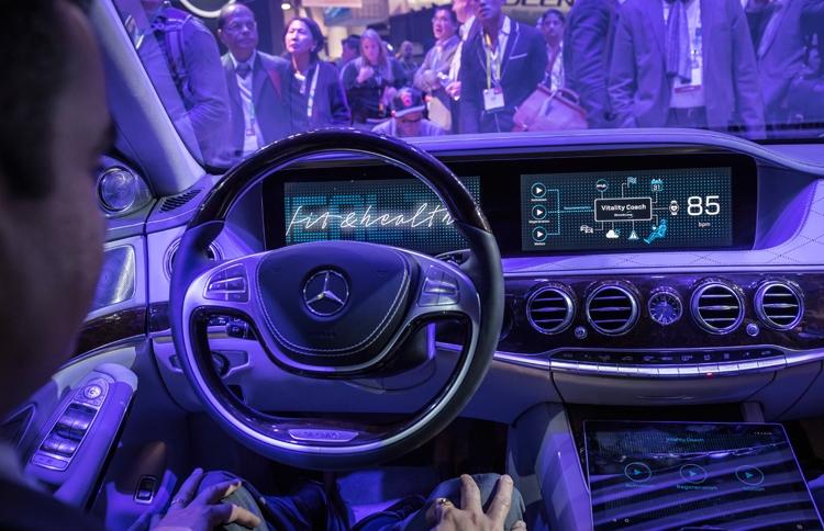 Nvidia і Mercedes-Benz заявили про розробку автомобільного суперкомп'ютера
