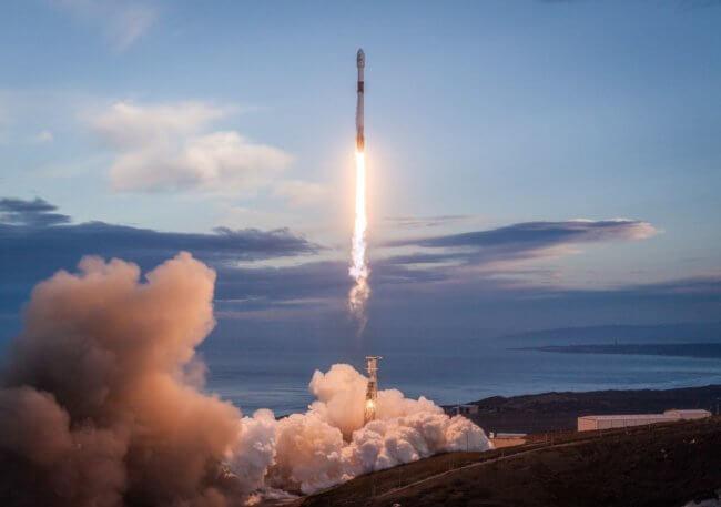 SpaceX запустила последнюю серию спутников Starlink для широкополосного интернета