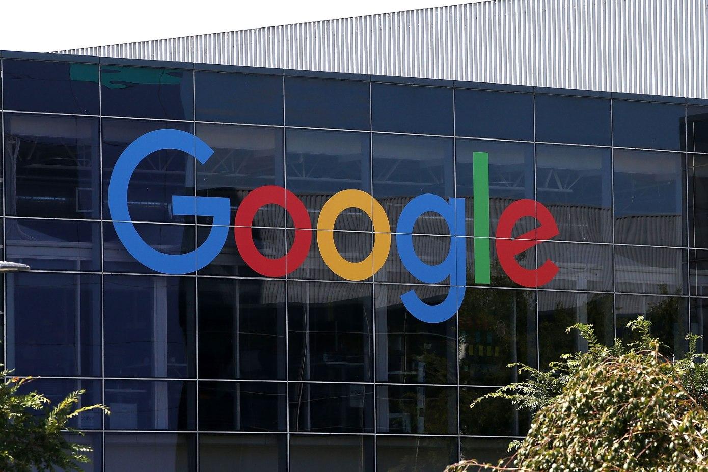 Google запретит рекламу, которая продвигает теории заговора о коронавирусе