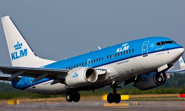 Авиакомпания KLM уволит пять тысяч сотрудников