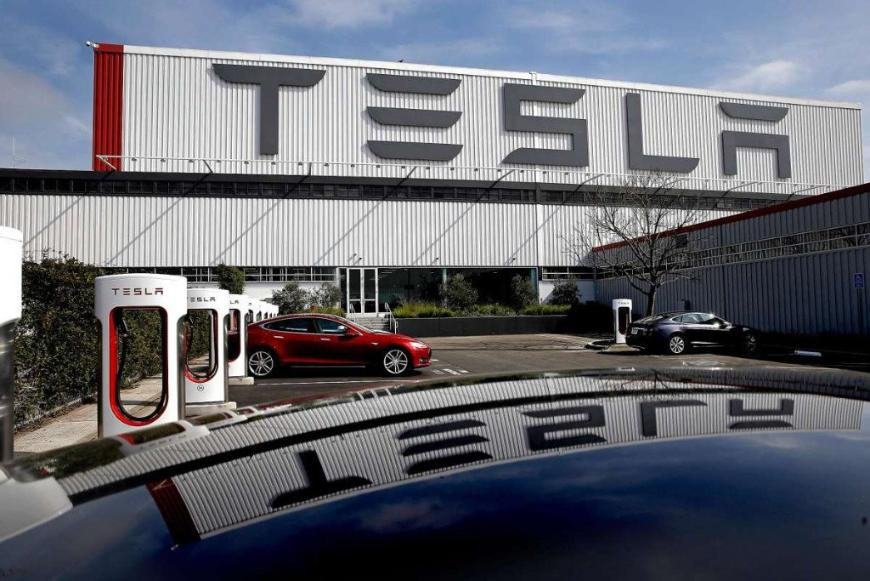 Маск побудує новий завод Tesla в Техасі