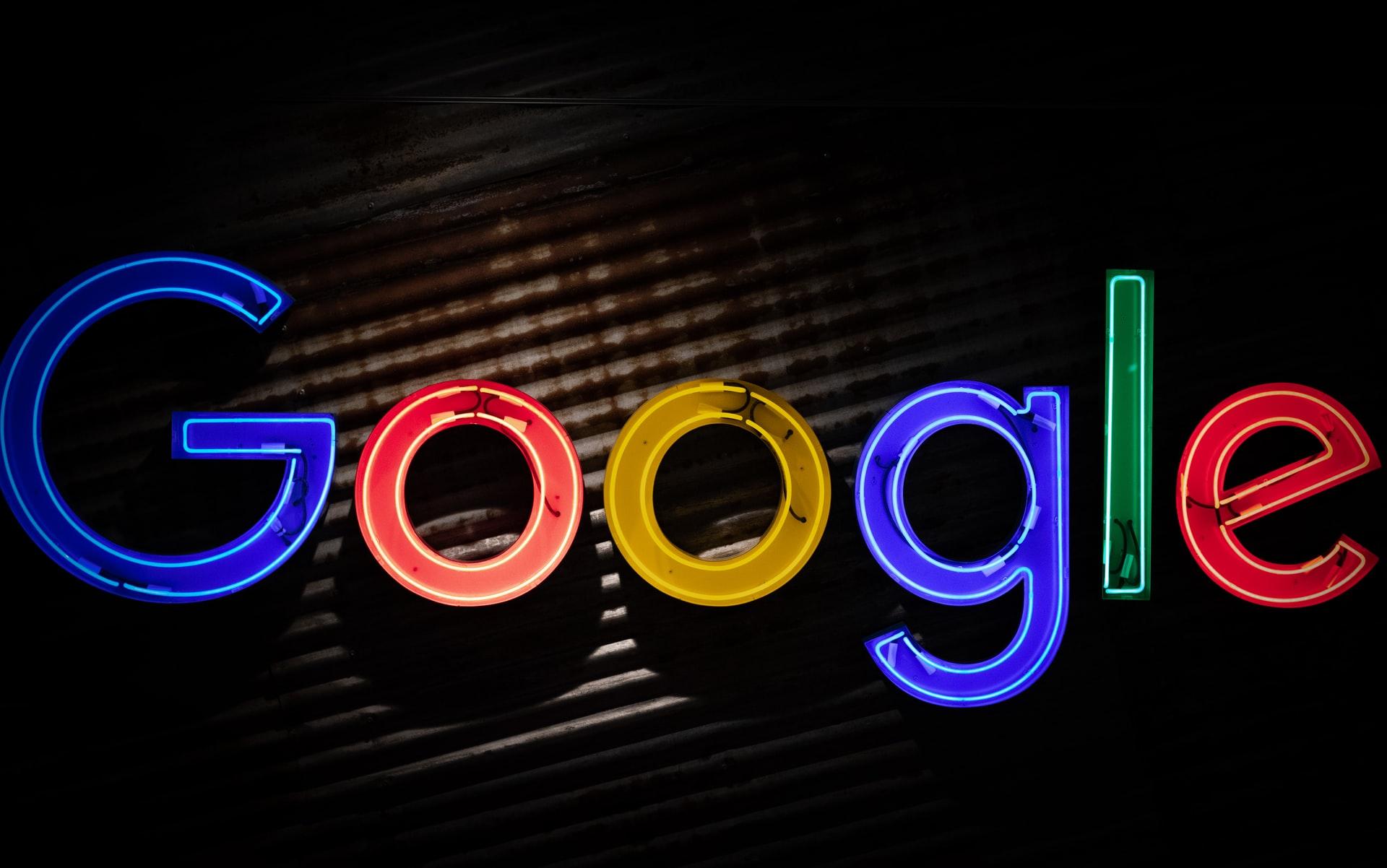 Франція зажадала з Google гроші за новини