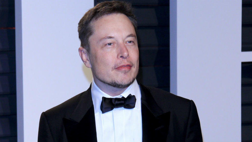 Elon Musk decided to sell four houses