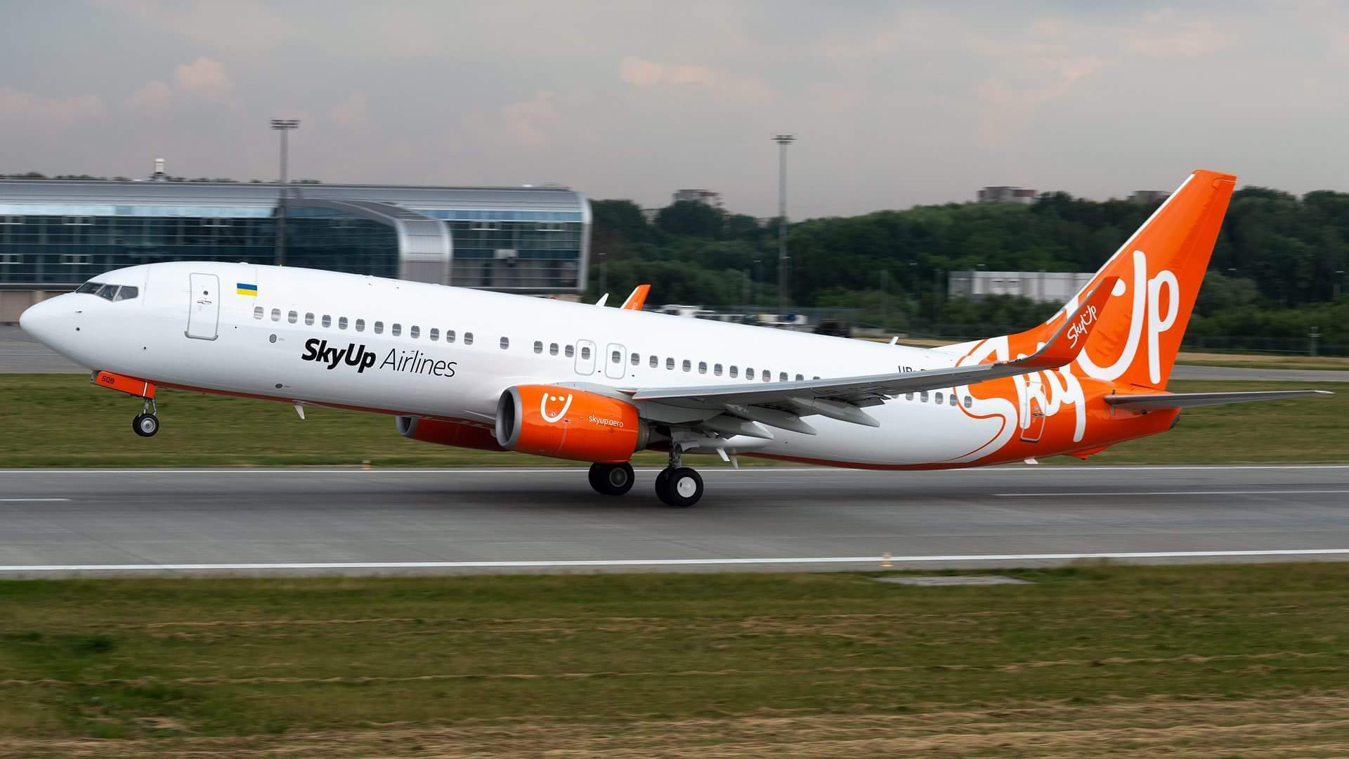 SkyUp expands flights from Ukraine