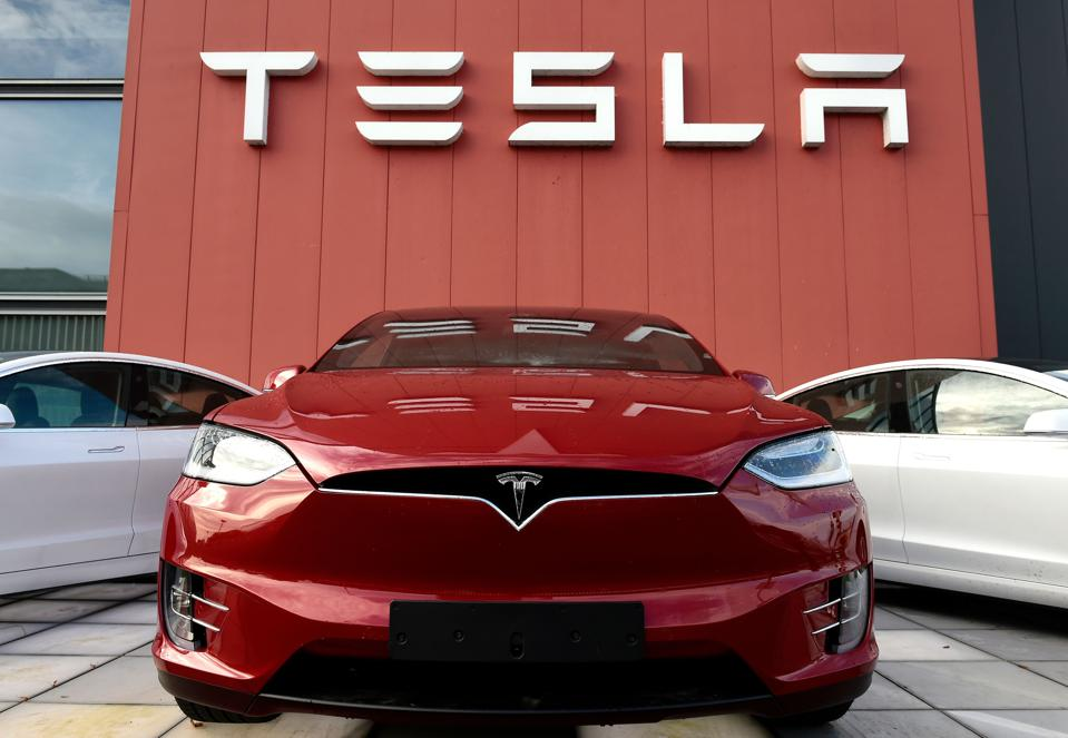 Tesla plans to sell shares totaling up to $ 5 billion
