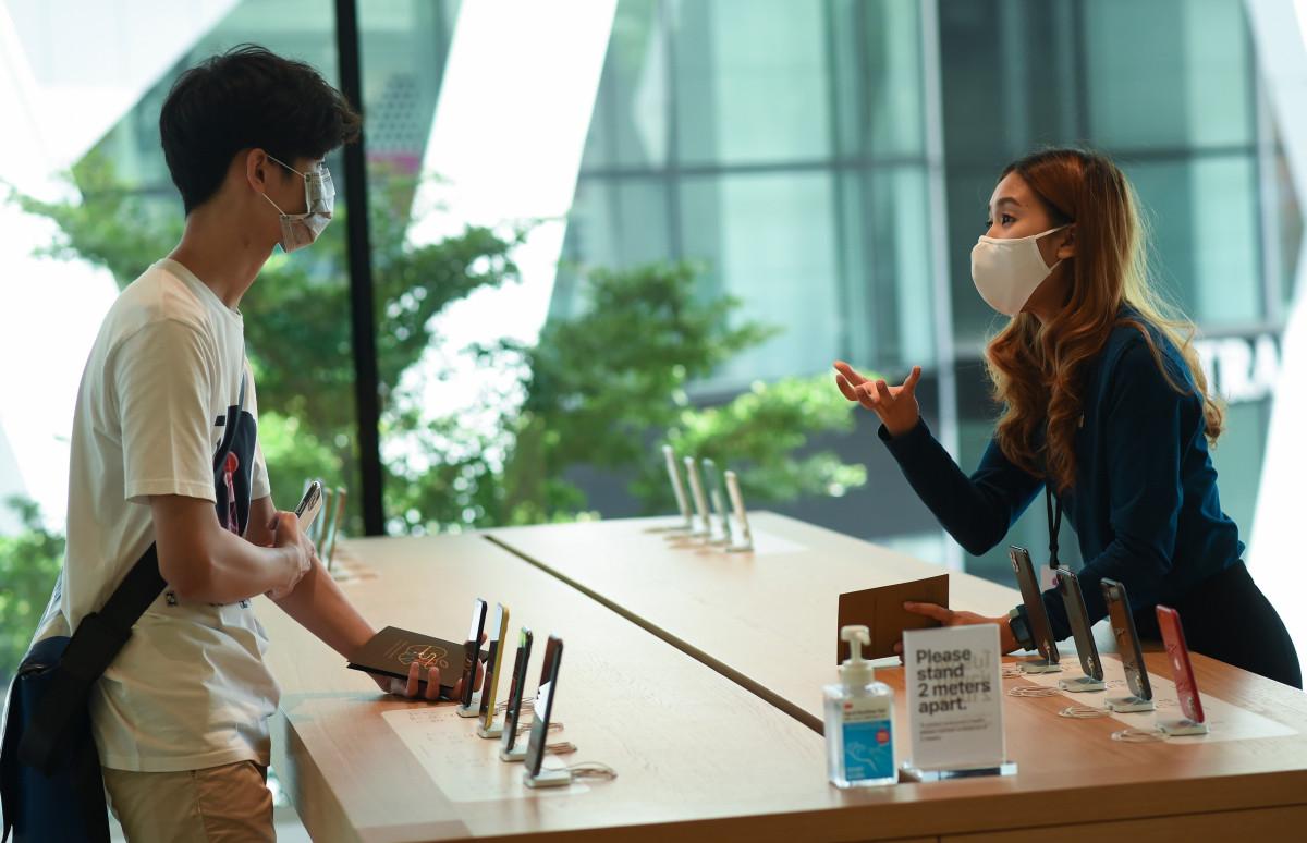 Apple создала собственные защитные маски для работников