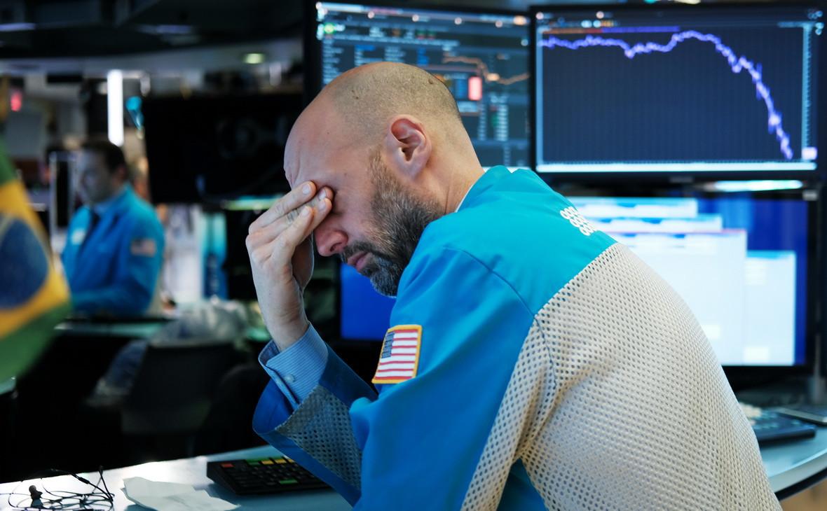 Крупные фонды «сбросят» акции на $200 млрд