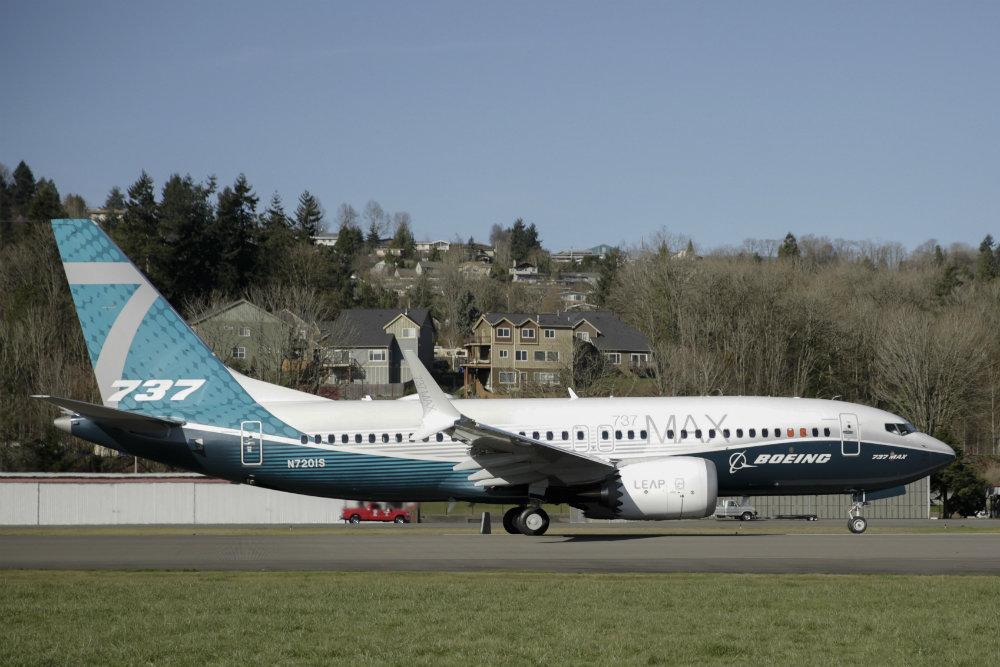 Заборона на польоти Boeing 737 MAX можуть зняти в листопаді