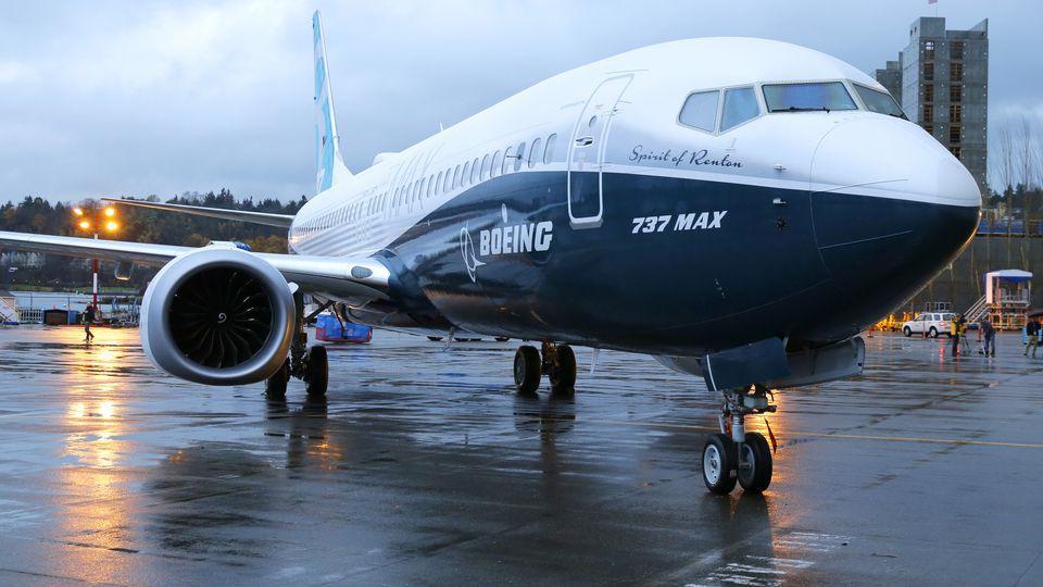 Компанія Boeing заявила, що оновлений 737 Max пройшов 1300 тестових польотів