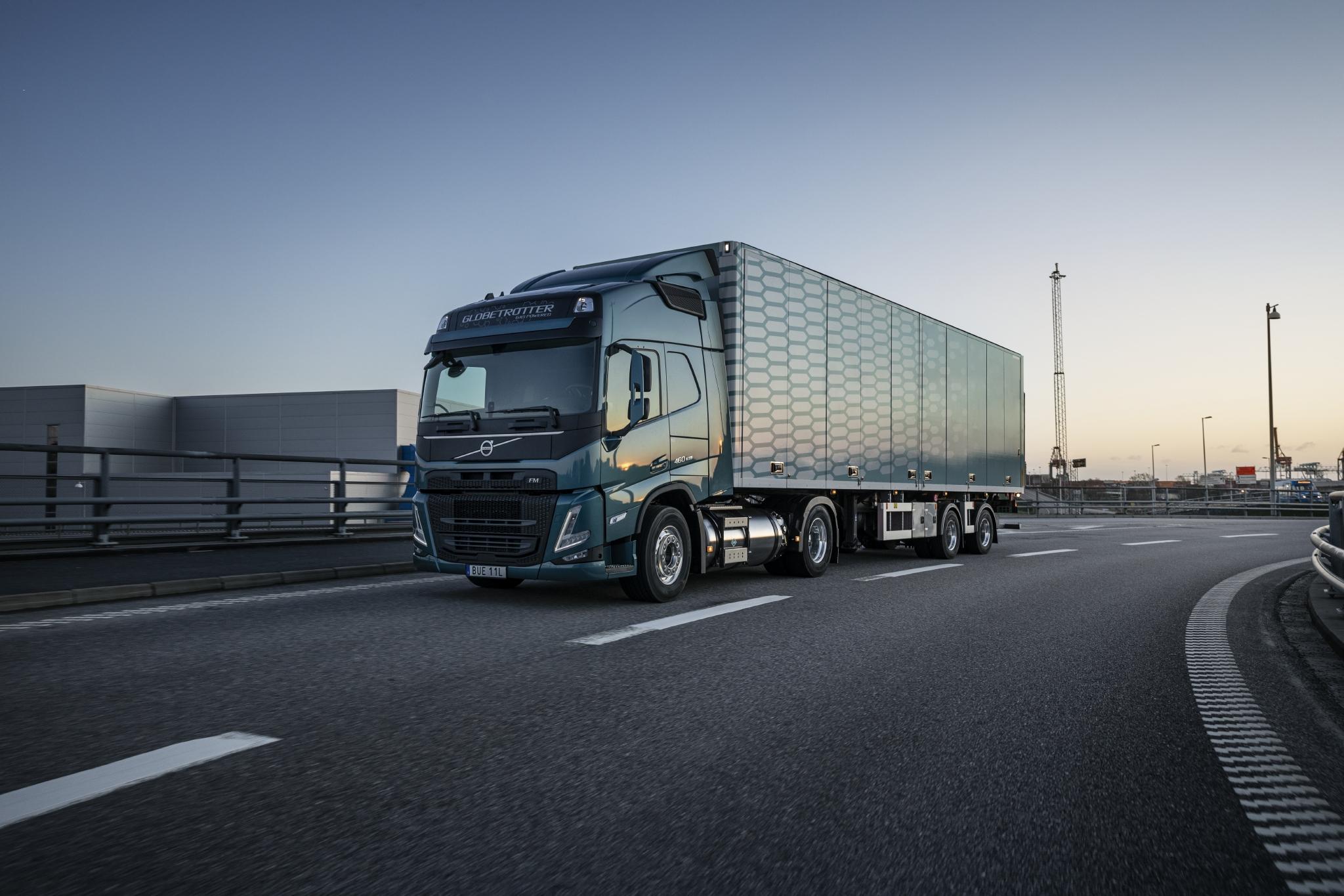 Volvo Trucks представляє нове покоління вантажівок Volvo FH і FM з двигунами, які працюють на зрідженому газі