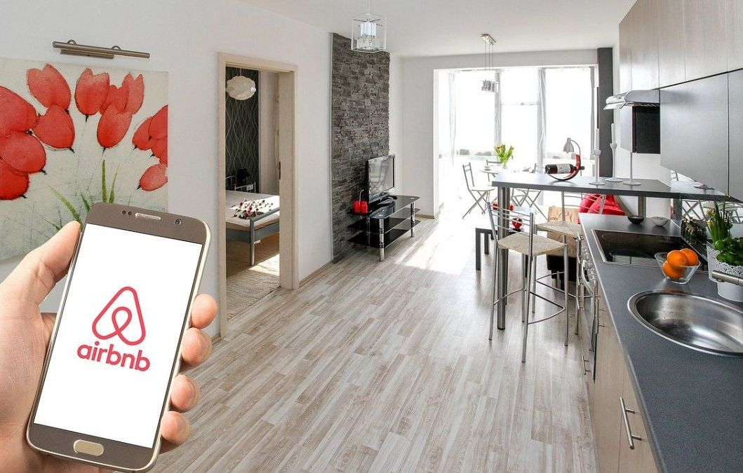 Airbnb наняла бывшего главного дизайнера Apple для работы над новыми продуктами