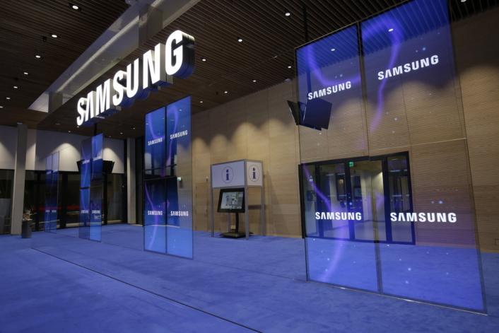 Samsung Display получила лицензию на поставку дисплеев для Huawei
