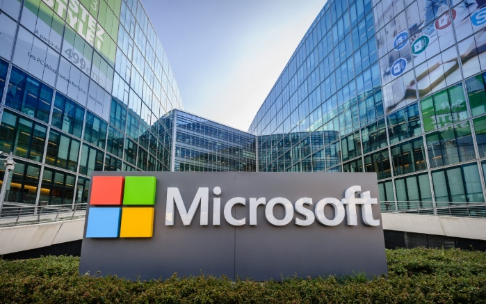 Чистая прибыль Microsoft выросла на 30%