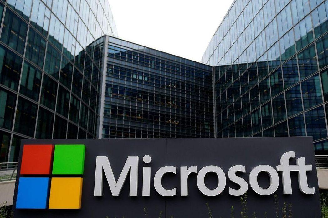 Microsoft хоче купити Nokia