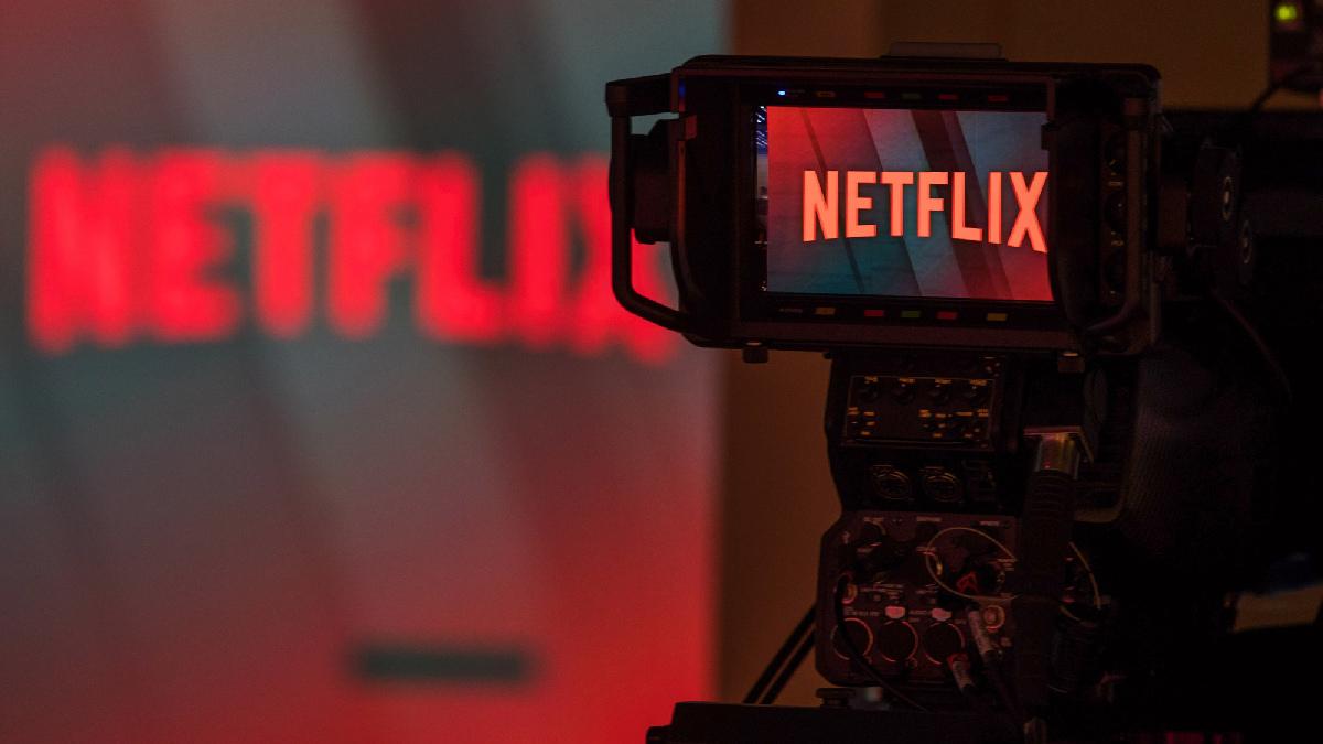 Акции Netflix рухнули на 7% после отчета