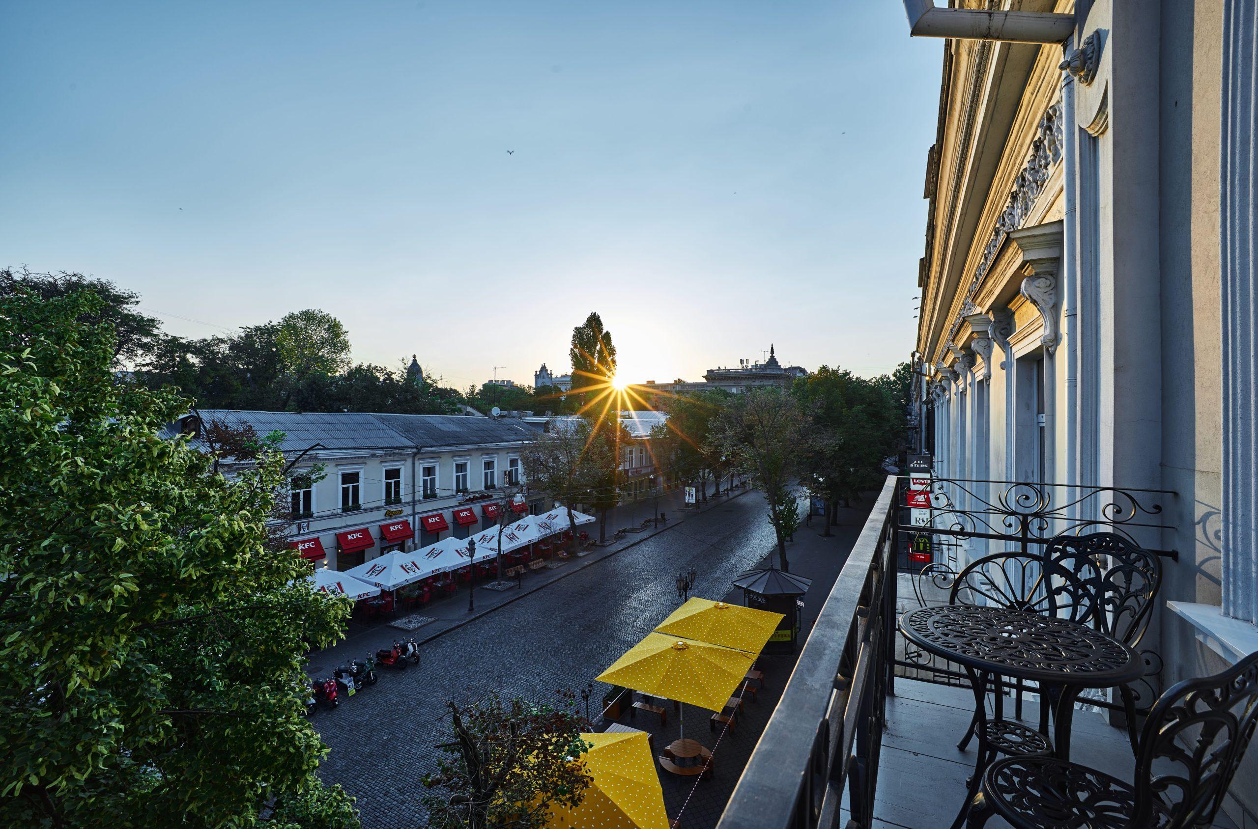 Перлина Чорного моря, Одеса, чекає на відкриття готелю під брендом Radisson