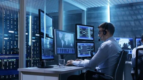 Спрос на IT-специалистов резко вырос: первый рекорд за 3 года