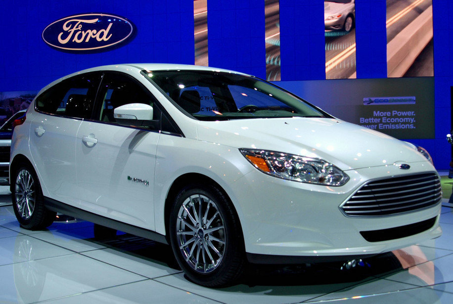 Ford станет первым в Канаде производителем электромобилей
