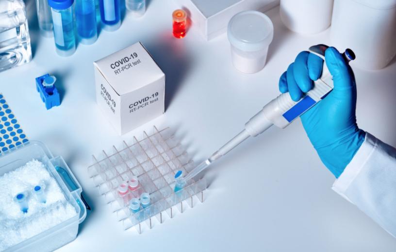 Минздрав даст 100 млн грн частным лабораториям, тестирующим COVID-19